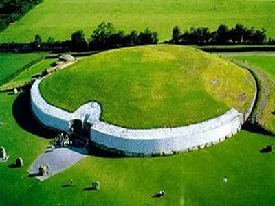 Newgrange_monument_unesco_world_heritage_site